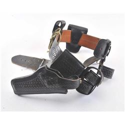 19MS-111 BASKET WEAVE HOLSTER