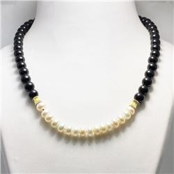 19CAI-72 FRESHWATER PEARLS & ONYX NECKLACE
