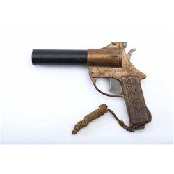 19RH-145 BRASS FLARE GUN