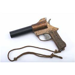 19RH-146 BRASS FLARE GUN