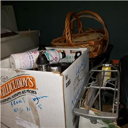 LOT OF WATER BOTTLES AND BASKETS