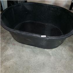 LARGE BLACK PLASTIC WASH TUB