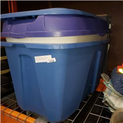 2 LARGE TOTES WITH LIDS AND TOPARAGRAPHIC MAPS OF BC