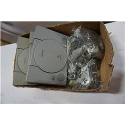 3 SONY PLAYSTATIONS 1 CONSOLES
