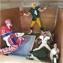 LARGE BRETT FAVRE, PATRICK ROY AND OTHER FIGURES