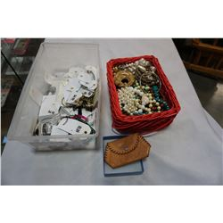 TRAY OF JEWELLERY AND BRACELETS