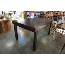 MODERN WOOD DINING TABLE WITH 2 LEAFS AND 6 CHAIRS