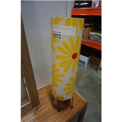 YAYO DECORATIVE FLOWER LAMP