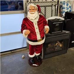 DANCING SINGING SANTA FIGURE, MOTION ACTIVATED, WITH MIC IN, TESTED AND WORKING