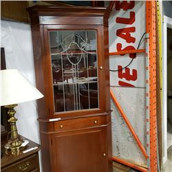 SOLID MAHOGANY 1940s CORNER CABINET W/ LEADED GLASS DOOR