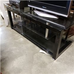 BLACK GLASS ENTERTAINMENT STAND