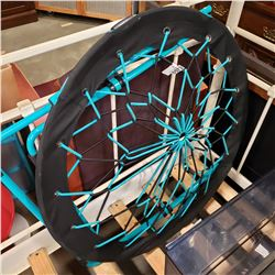 TEAL AND BLACK BUNJEE CHAIR