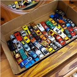 TRAY OF TOY CARS