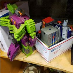 LOT OF G1 TRANSFORMERS