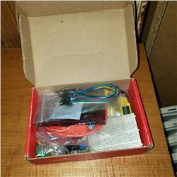 SPARKFUN ELECTRONICS TINKER KIT MODEL 13930