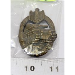 GERMAN VINTAGE TANK BADGE WITH SWASTIKA.