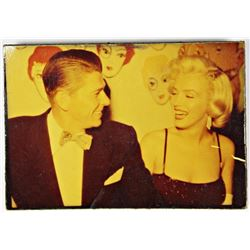 ART BUTTON RONALD REGAN / MARILYN MONROE