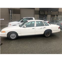 1997 FORD CROWN VICTORIA, 4DR SEDAN, WHITE, VIN # 2FALP71W9VX178086