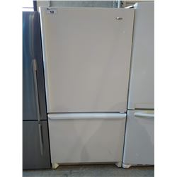 AMANA WHITE FRIDGE WITH BOTTOM FREEZER (MODEL ARB2117AW)