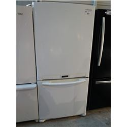 SAMSUNG WHITE FRIDGE WITH BOTTOM FREEZER (MODEL RB196ACWP)