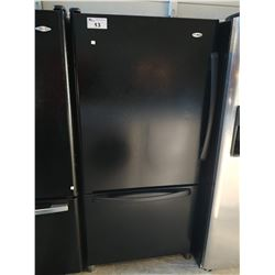 AMANA BLACK FRIDGE WITH BOTTOM FREEZER (MODEL ABB2227DEB)