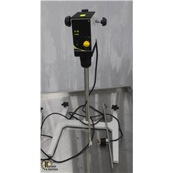 CAT R18 ELECTRIC OVERHEAD STIRRER MOUNTED TO