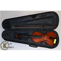 RECILAL MODEL REVI VIOLIN WITH BOW AND CASE.
