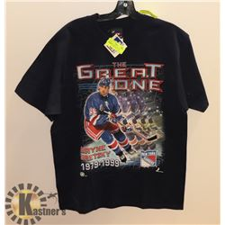 PROPLAYER MEDIUM WAYNE GRETZKY T-SHIRT WITH TAGS.