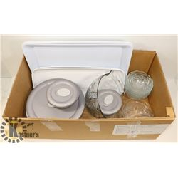 BOX W/3-PC GLASS PYREX STORAGE SET