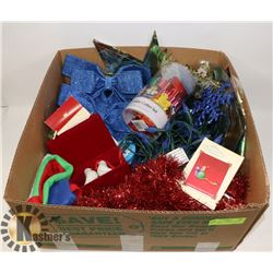 LARGE BOX OF CHRISTMAS ITEMS INCL. LED