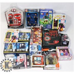 FLAT OF SMALL SEALED TOYS BLOCK TECH