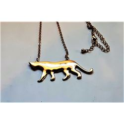 22)  GOLD TONE CAT PENDANT ON CHAIN