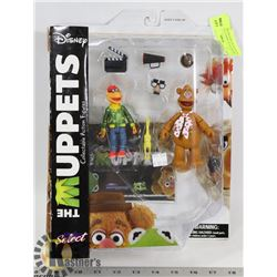 THE MUPPETS DISNEY FOZZIE & SCOOTER ACTION FIGURES