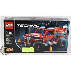 LEGO TECHNIC FIRST RESPONDER.