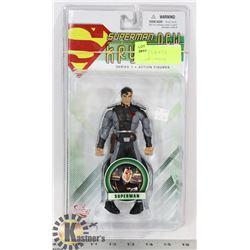 SUPERMAN: NEW KRYPTON SUPERMAN FIGURE.