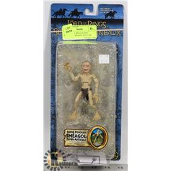 LORD OF THE RINGS SUPER POSEABLE SMEAGOL WITH THE