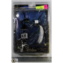 A NIGHTMARE BEFORE CHRISTMAS THE WITCHES FIGURE.