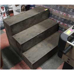 SOLID WOOD 3-RISER STEP - 24 INCH RISE
