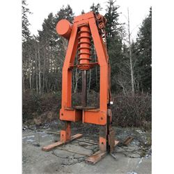 GIANT 250 TON HYDRAULIC PRESS