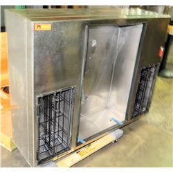 Double-Sided Ice Bin for Service Bar