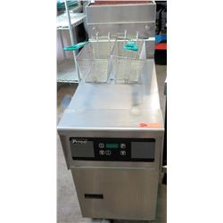 Pitco Commercial Covered Deep Fryer w/ 2 Baskets