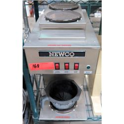 Newco Commercial Coffee Maker w/ 2 Top Warmers