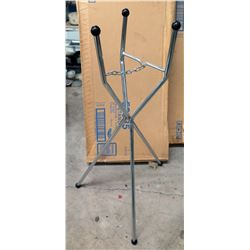 Qty 4 Cases 52935 Tripod Stands