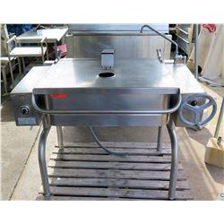 30-Gallon Stainless Steel Electric Tilt Skillet
