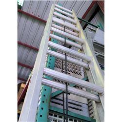 Aluminum Multi-Purpose Extension Ladder 28'