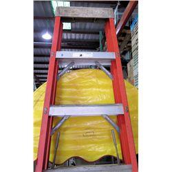 Red Aluminum Multi-Purpose Extension Ladder 8'