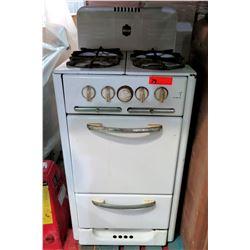 Wedgewood Vintage 4-Burner Gas Range, Oven & Drawer