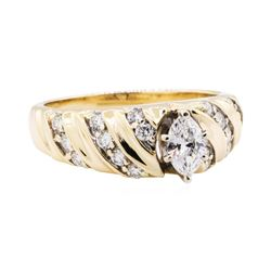 0.93 ctw Diamond Ring - 14KT Yellow Gold