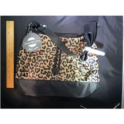 BRAND NEW - Travelon Antitheft Bucket Bag with RFID Protection