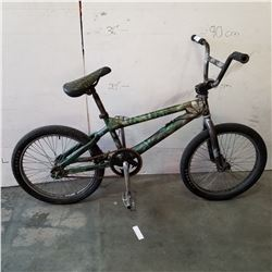 GREEN AND GREY NO NAME BMX BIKE
